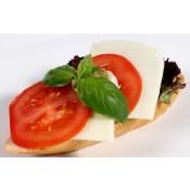 mit Tomate und Mozzarella (VCw)