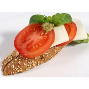 mit Tomate und Mozzarella (VCv)